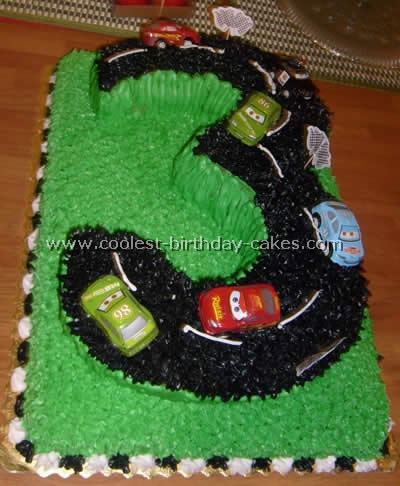 I Was Doing A Disney Cars Theme Birthday Party Had Done Centerpiece For The And Wanted Race Track Cake To Match Up