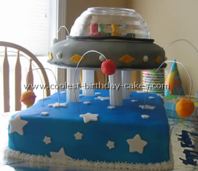Coolest Spaceship Cake Ideas