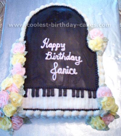 Piano-Shaped Cake