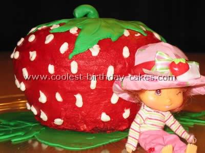 Strawberry Shortcake Kids Birthday Cake Idea