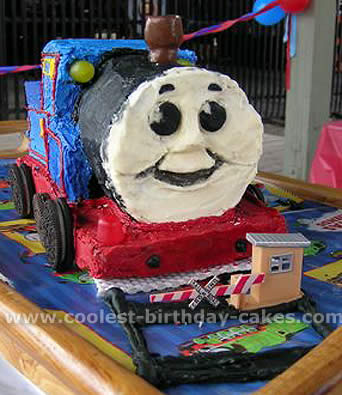 Excellent Coolest Thomas The Train Cake Photos And Ideas Funny Birthday Cards Online Elaedamsfinfo