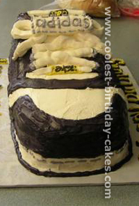 Tips on Cake Decorating Shoe-Shaped Cakes