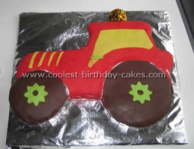 Prime Coolest Ever Farming Tractor Cake Ideas Funny Birthday Cards Online Fluifree Goldxyz