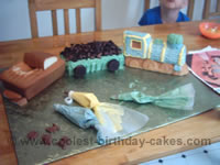 train cakes