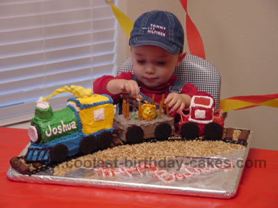 Terrific Coolest Train Cakes And Amazingly Original Train Cake Designs Birthday Cards Printable Benkemecafe Filternl