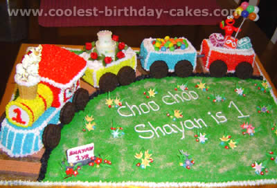 Awe Inspiring Coolest Train Cakes And Amazingly Original Train Cake Designs Personalised Birthday Cards Veneteletsinfo