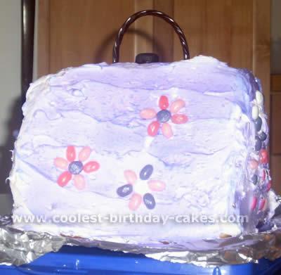 Purse-Shaped Unique Cake