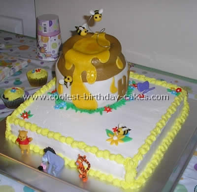Coolest Winnie the Pooh Birthday Cake Ideas