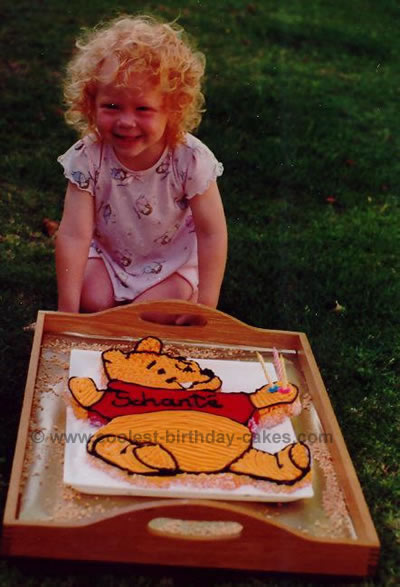 Winnie the Pooh Picture Cakes