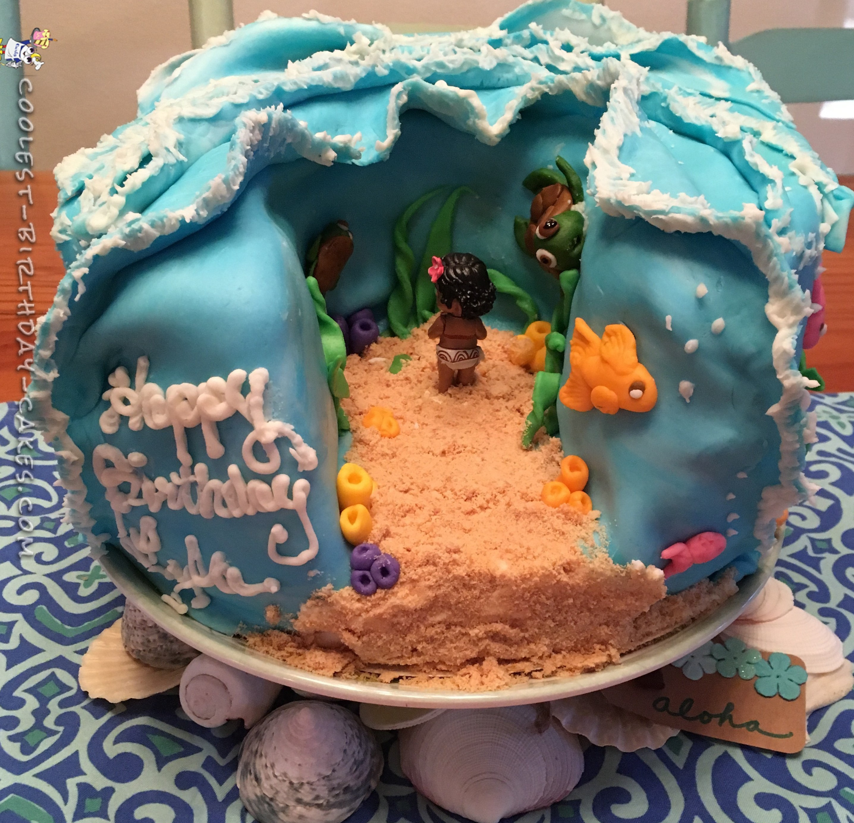 Christmas Party Game Ideas: Cool Homemade Moana Cake