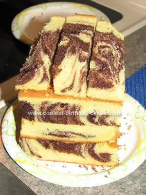 Coolest Barnyard Cake
