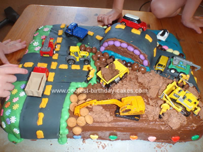 Coolest City Scene 4th Birthday Party Cake
