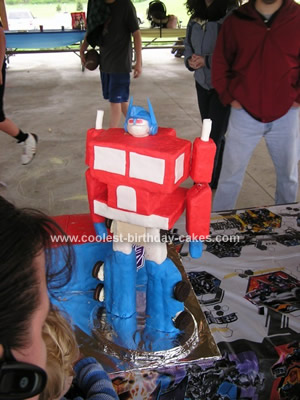Coolest Transforming Optimus Prime Cake