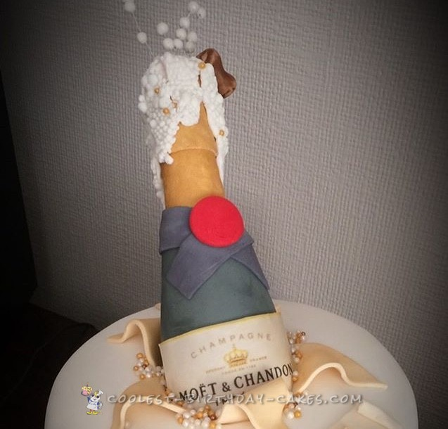 Coolest Champagne cake