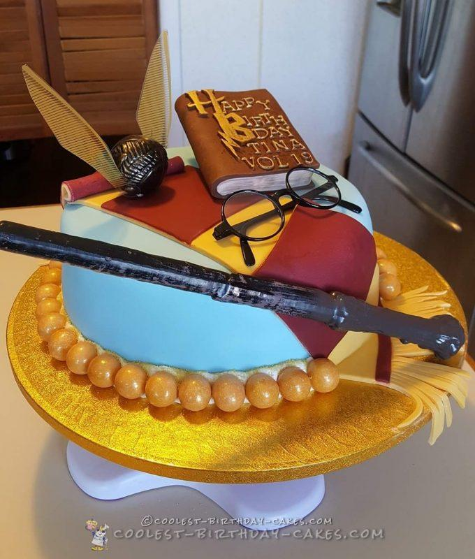 Cool 60 Awesomely Magical Homemade Harry Potter Cakes Personalised Birthday Cards Paralily Jamesorg