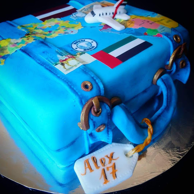 Travel suitcease cake