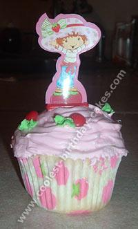 Fun Cake Design Idea for Strawberry Shortcake's Hat